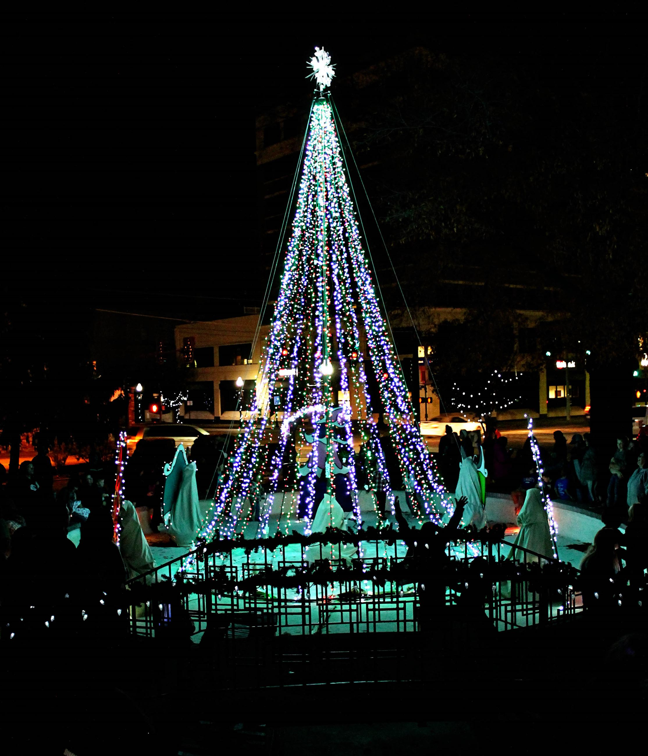 Spiva Tree Lighting 2016
